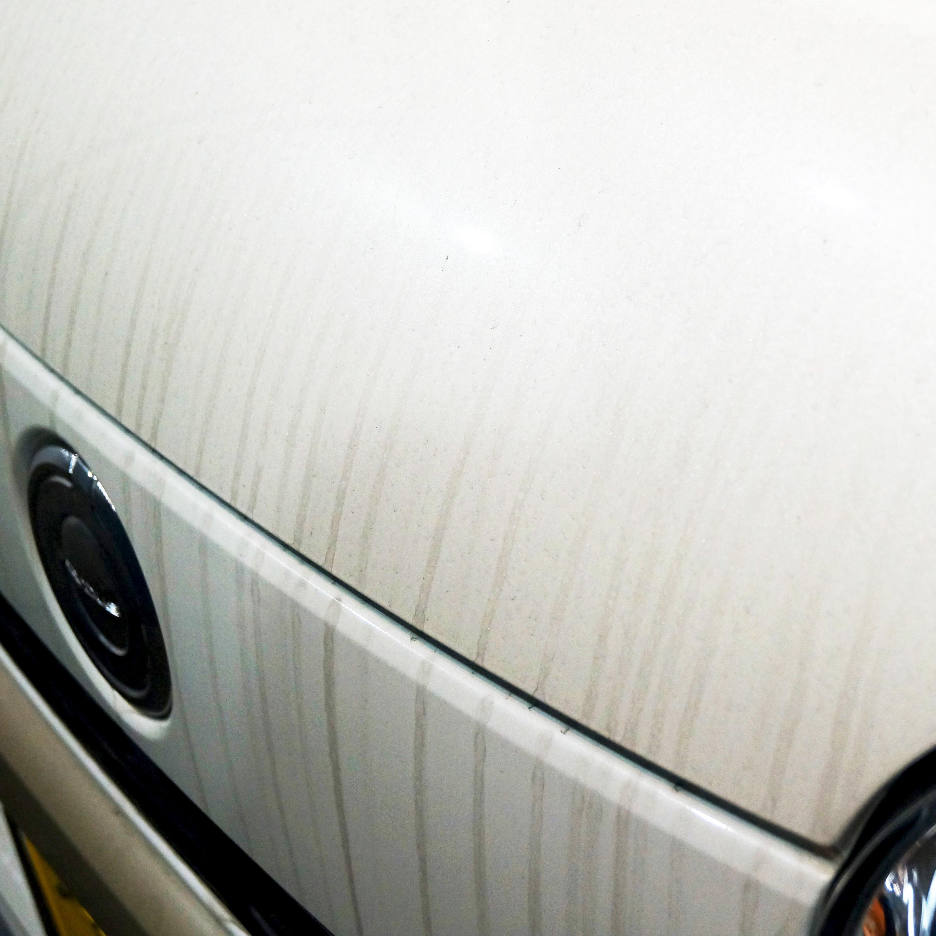 車には、なんで水垢がつくの?? 対処方法は??
